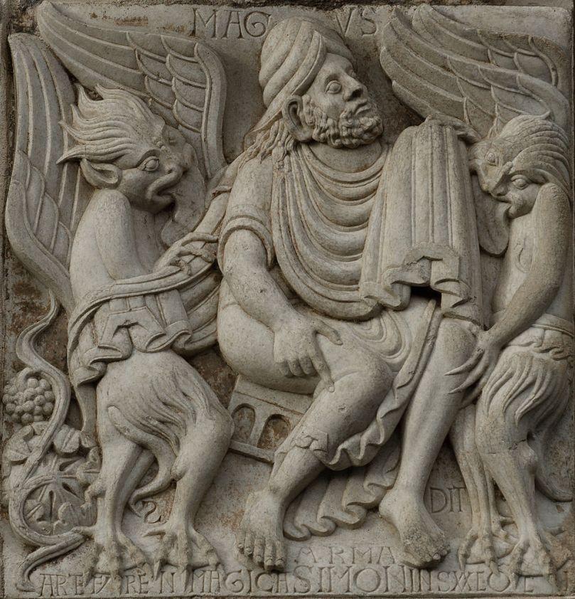 983px-Basilica_Saint-Sernin_-_Simon_Magus