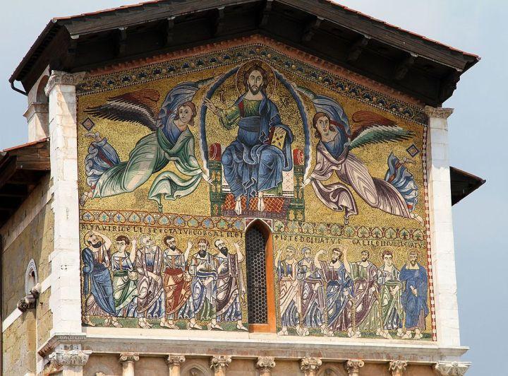 Chiesa_di_San_Frediano_(primo_vescovo_di_Lucca),_Mosaico_(Sec._XIII)_-_panoramio